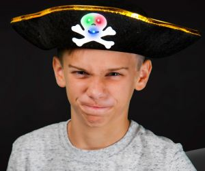 Flashing Pirate Hat